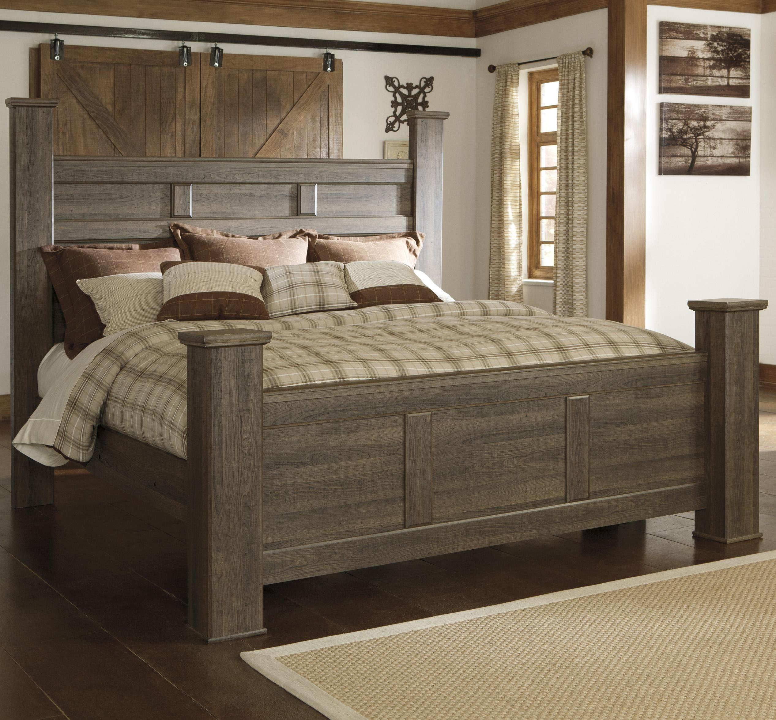Transitional California King Poster Bed by Signature Design by