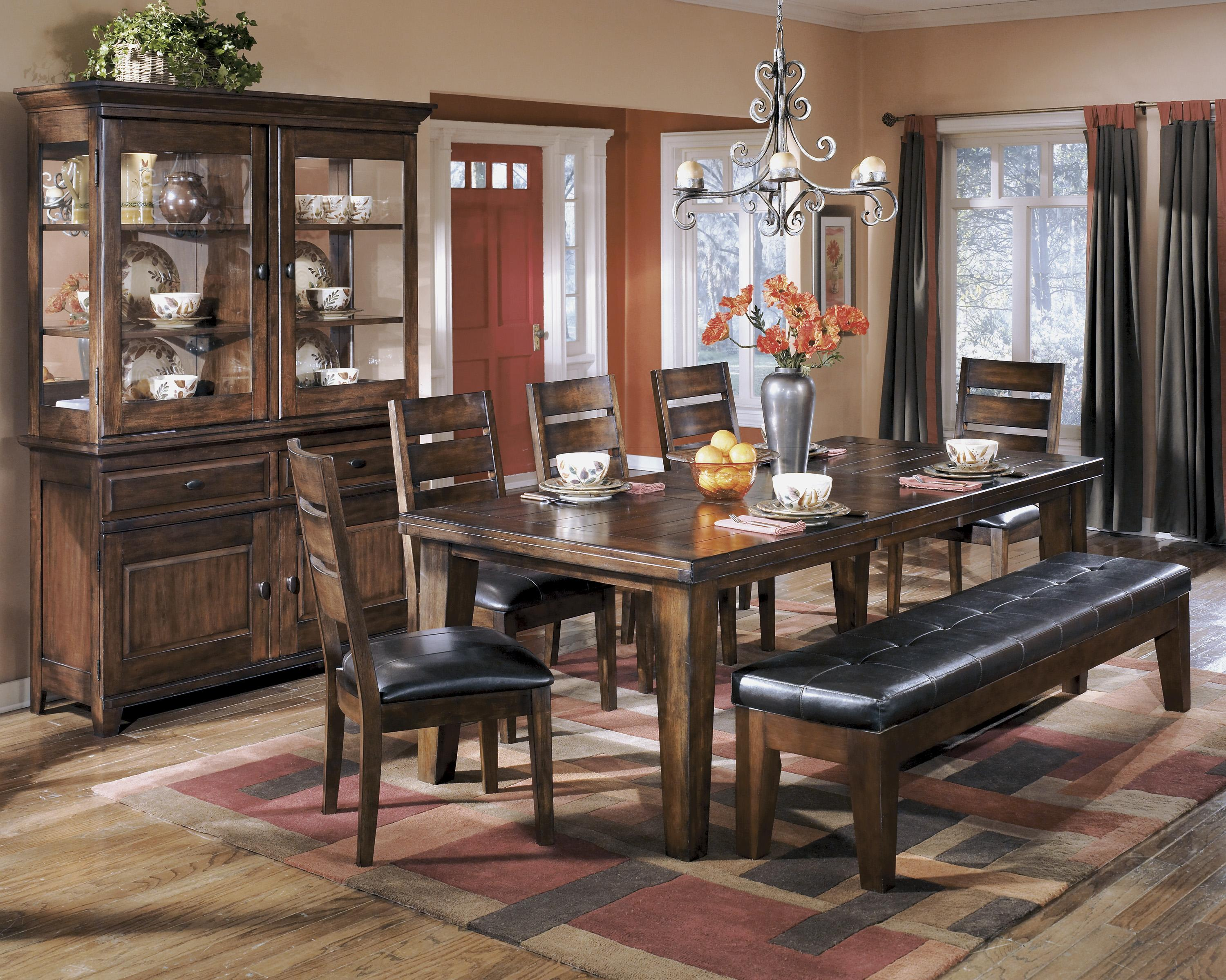 Casual dining room group by signature design by ashley for Casual dining room ideas