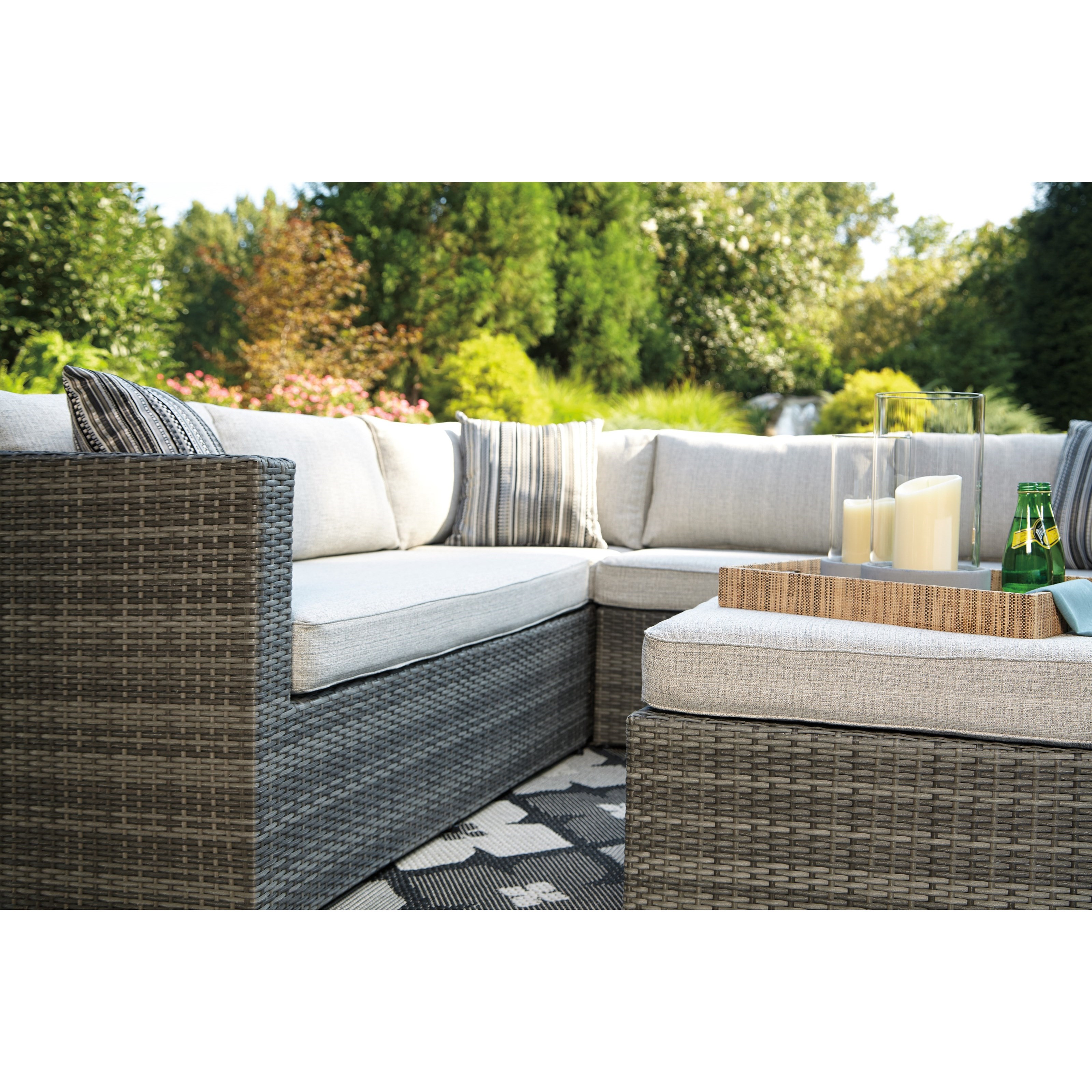 Outdoor Sectional Set with Ottoman by Signature Design by Ashley