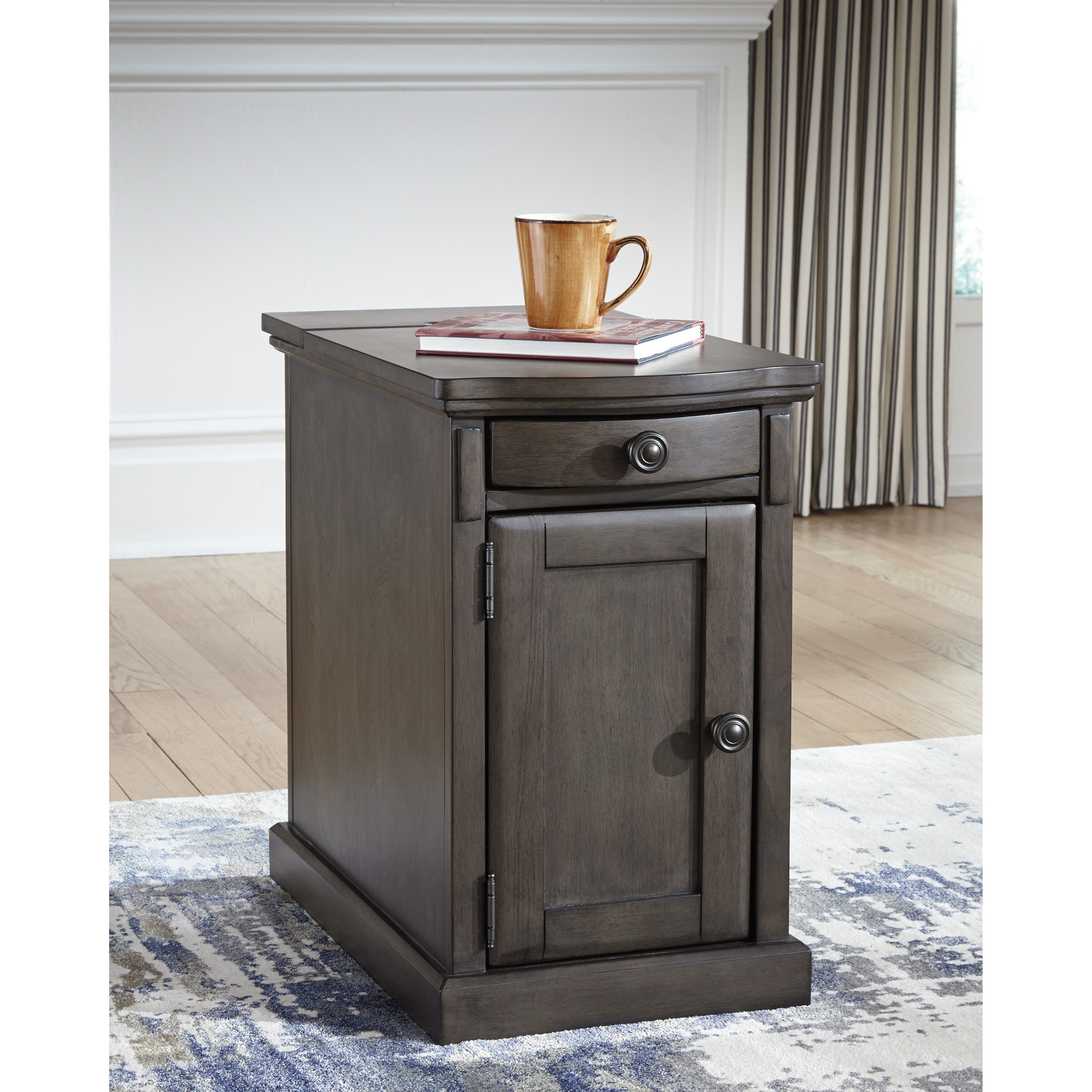 Chair Side End Table With Power Outlets Amp Pull Out Shelf