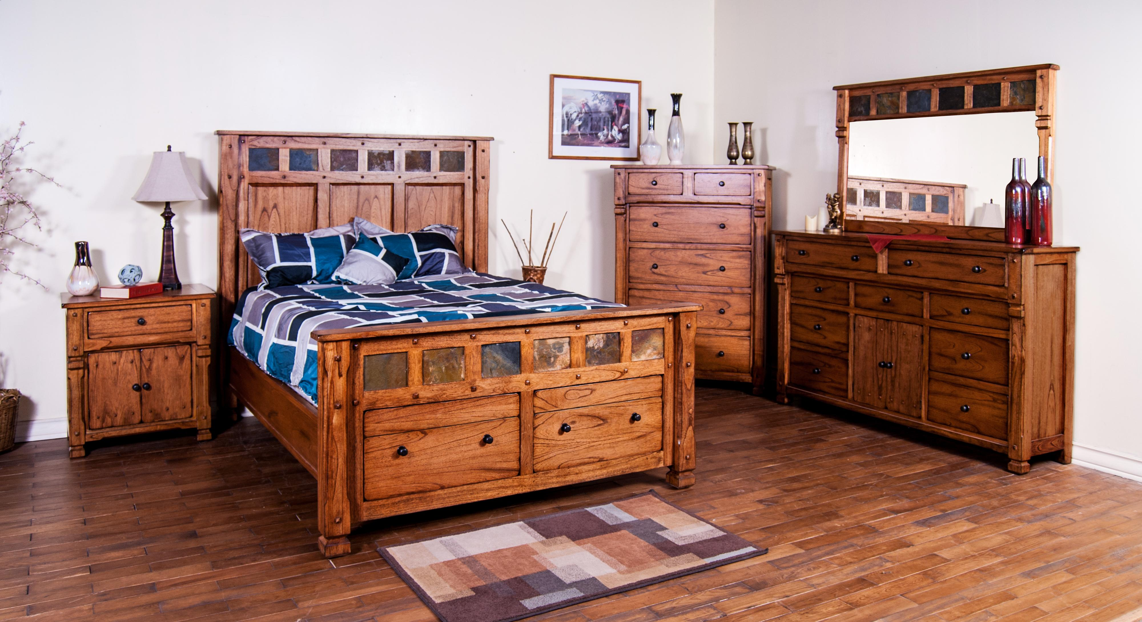 Bed furniture with drawers - Rustic Chest With Hideaway Drawer