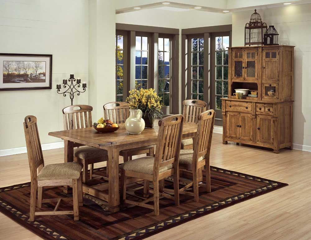 Casual dining room group by sunny designs wolf and for Casual dining room ideas