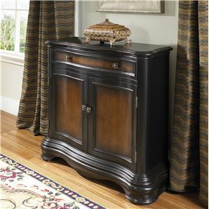 Pulaski Furniture Accents Hall Chest