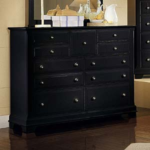 Vaughan Bassett Cottage Triple Dresser