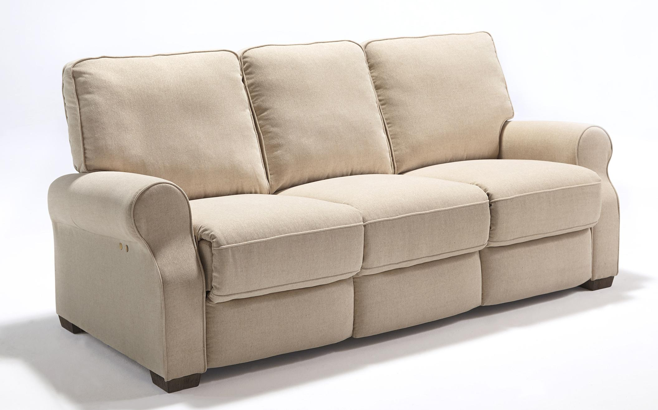 Sofas recliner baycliffe brown power reclining sofa for Traditional sofas with legs
