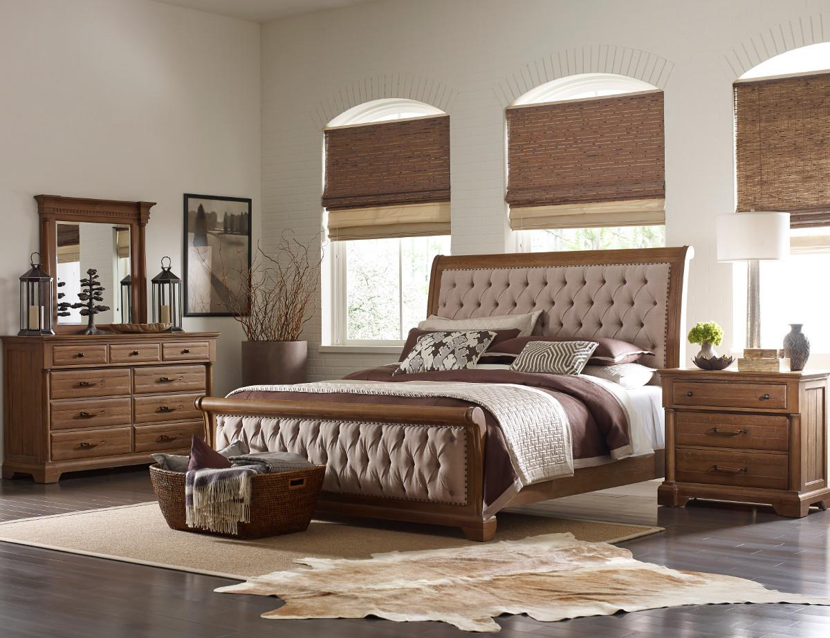 King Size Upholstered Sleigh Bed With Performance Fabric And Button Tufting By Kincaid Furniture