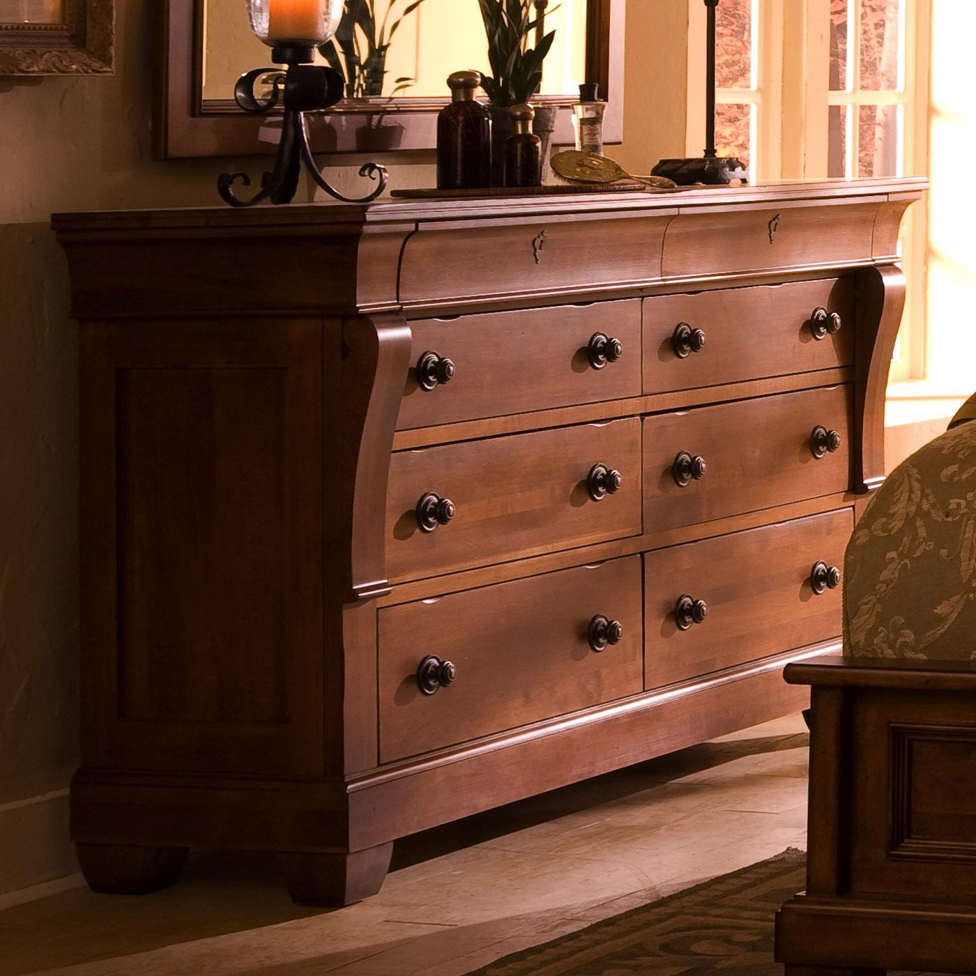 bedroom dresser with 8 drawers by kincaid furniture wolf and gardiner wolf furniture. Black Bedroom Furniture Sets. Home Design Ideas