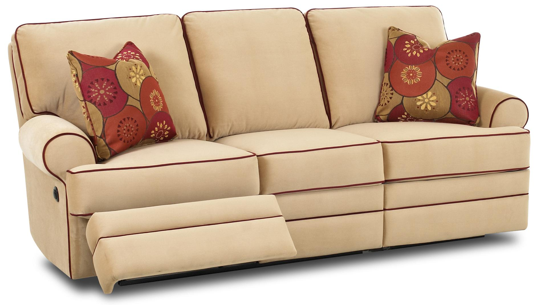 Power dual reclining sofa by klaussner wolf and gardiner for Sectional sofas wolf furniture