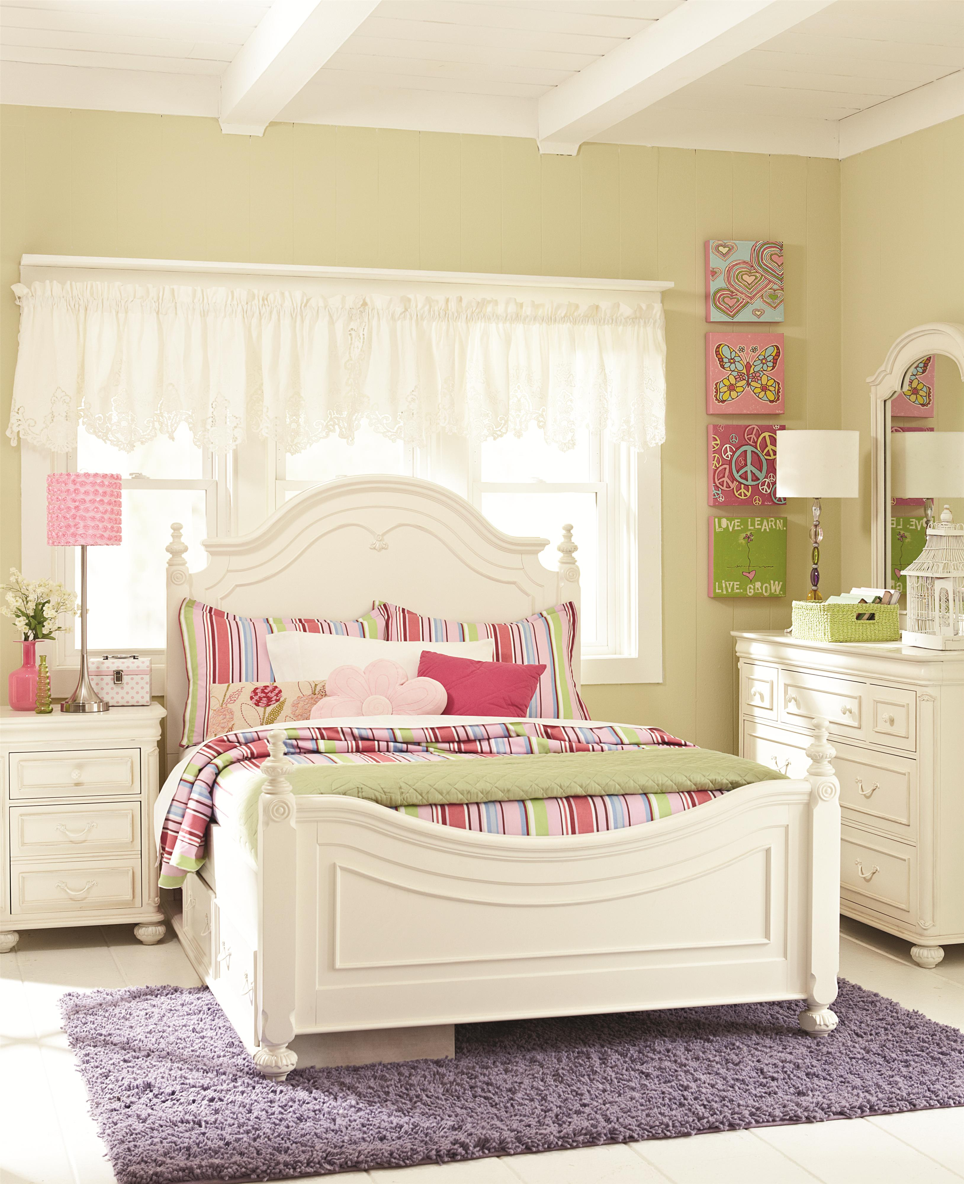 Full low poster bed by legacy classic kids wolf and for Legacy classic bed