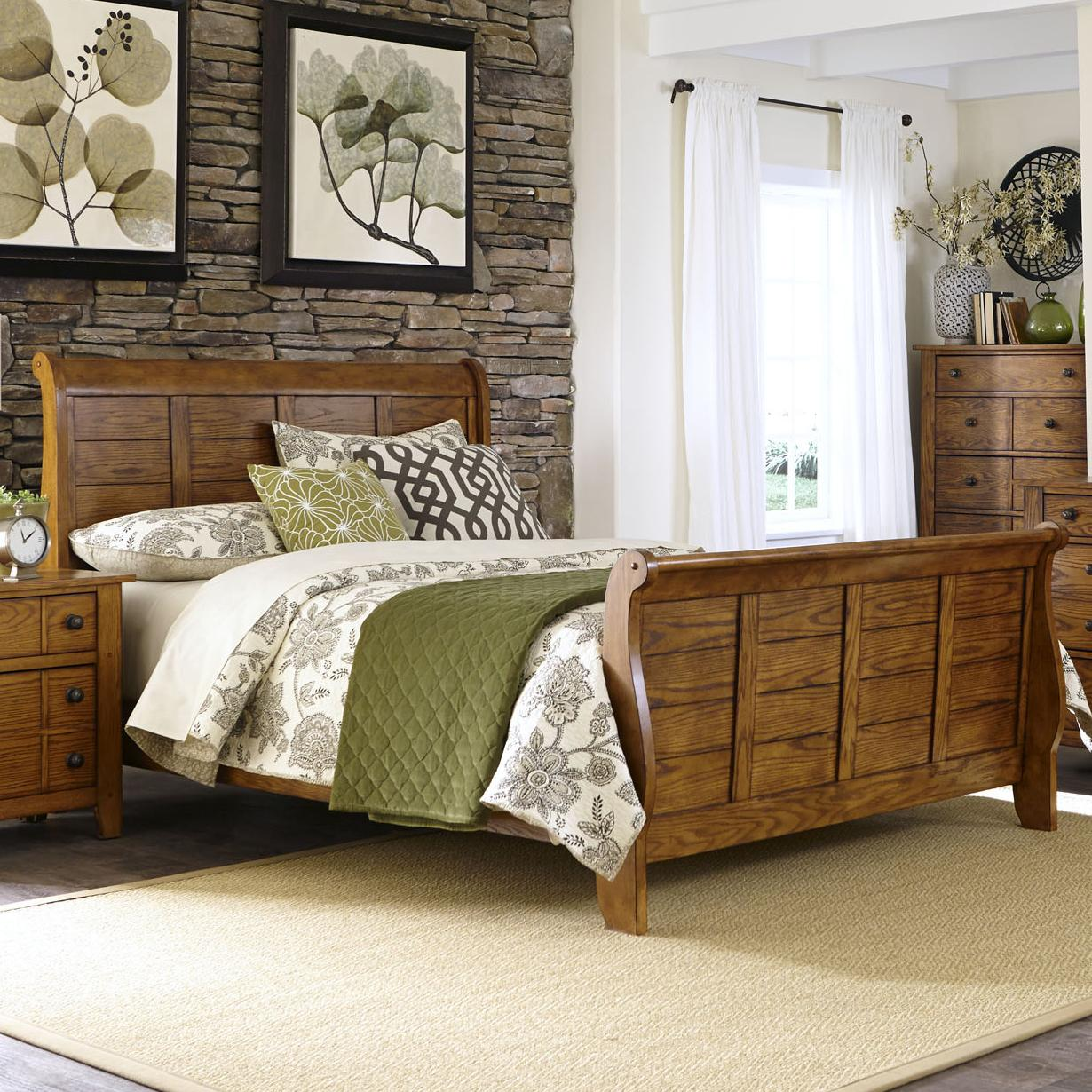 Queen Sleigh Bed With Paneling By Liberty Furniture Wolf