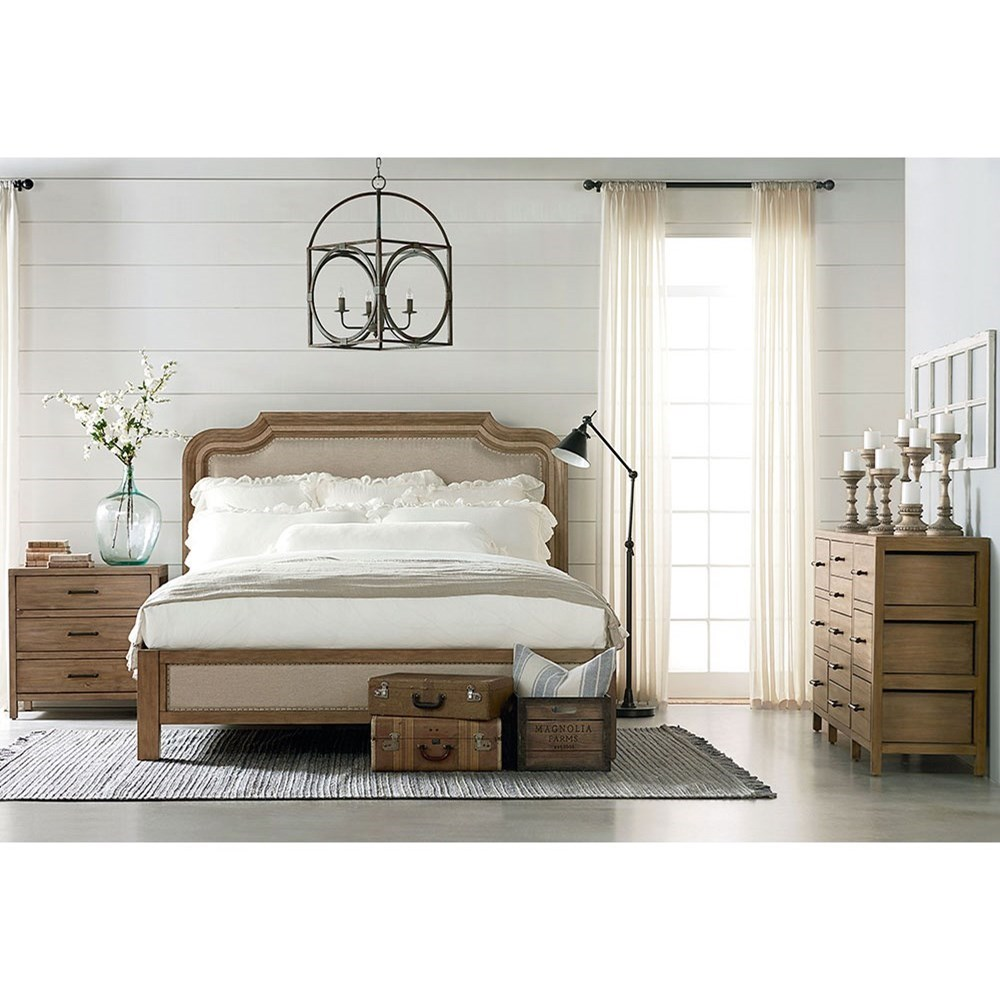 Stratum king bedroom group by magnolia home by joanna for Bedroom designs by joanna gaines