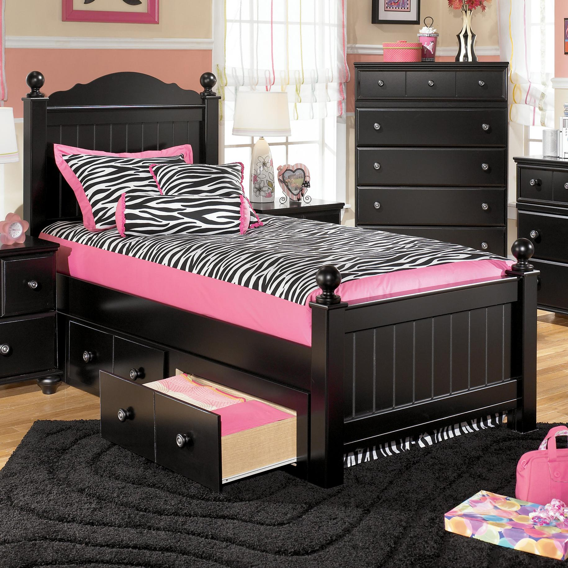 Twin poster headboard and footboard bed by signature for Twin footboard