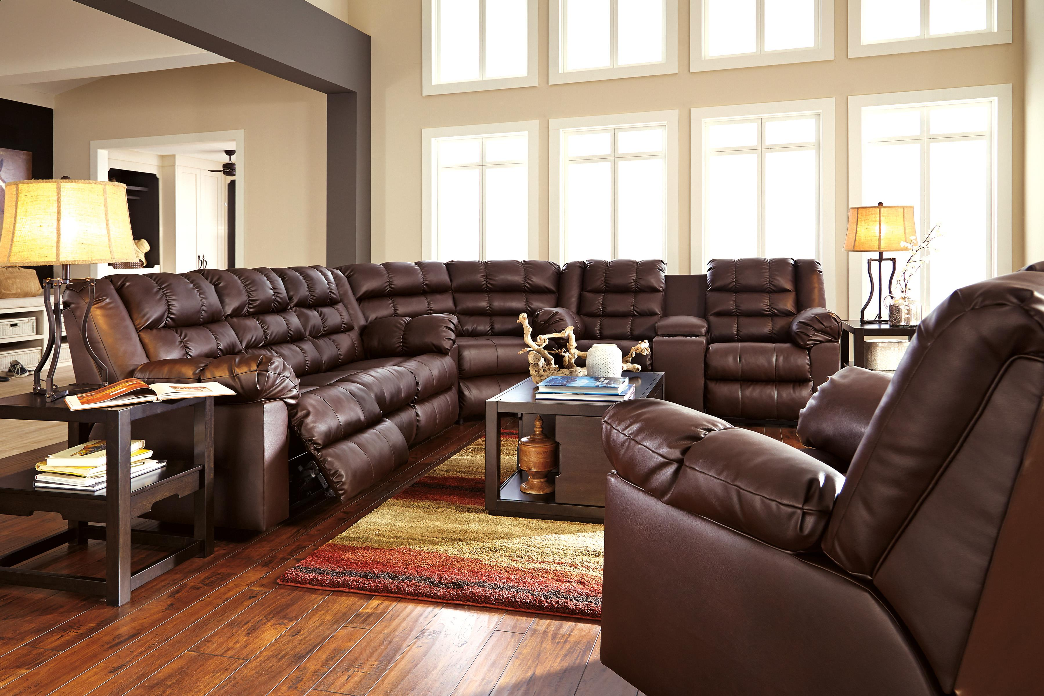 Casual Contemporary Double Reclining Loveseat w Console