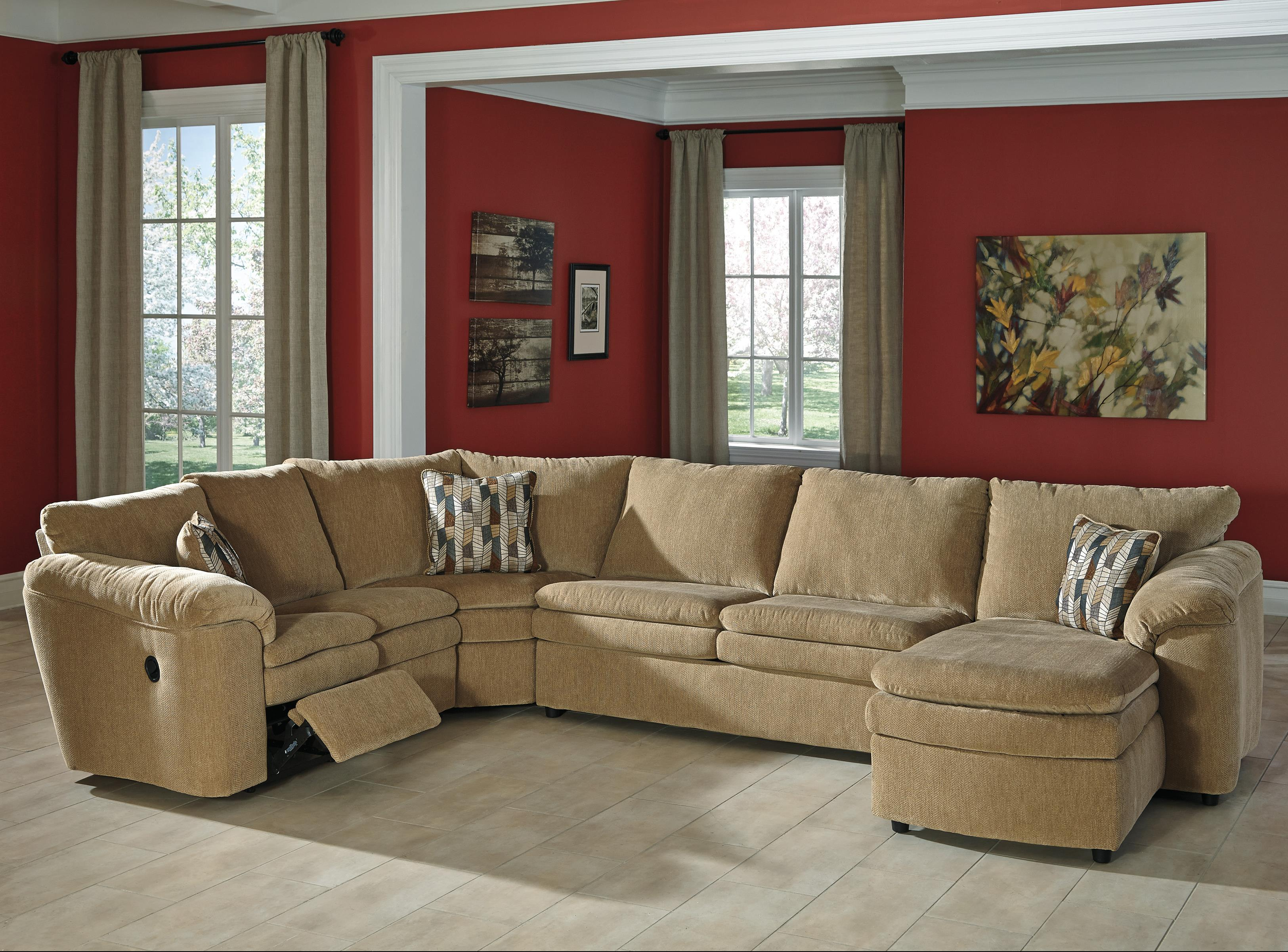 Casual Contemporary 4 Piece Reclining Sectional with Right