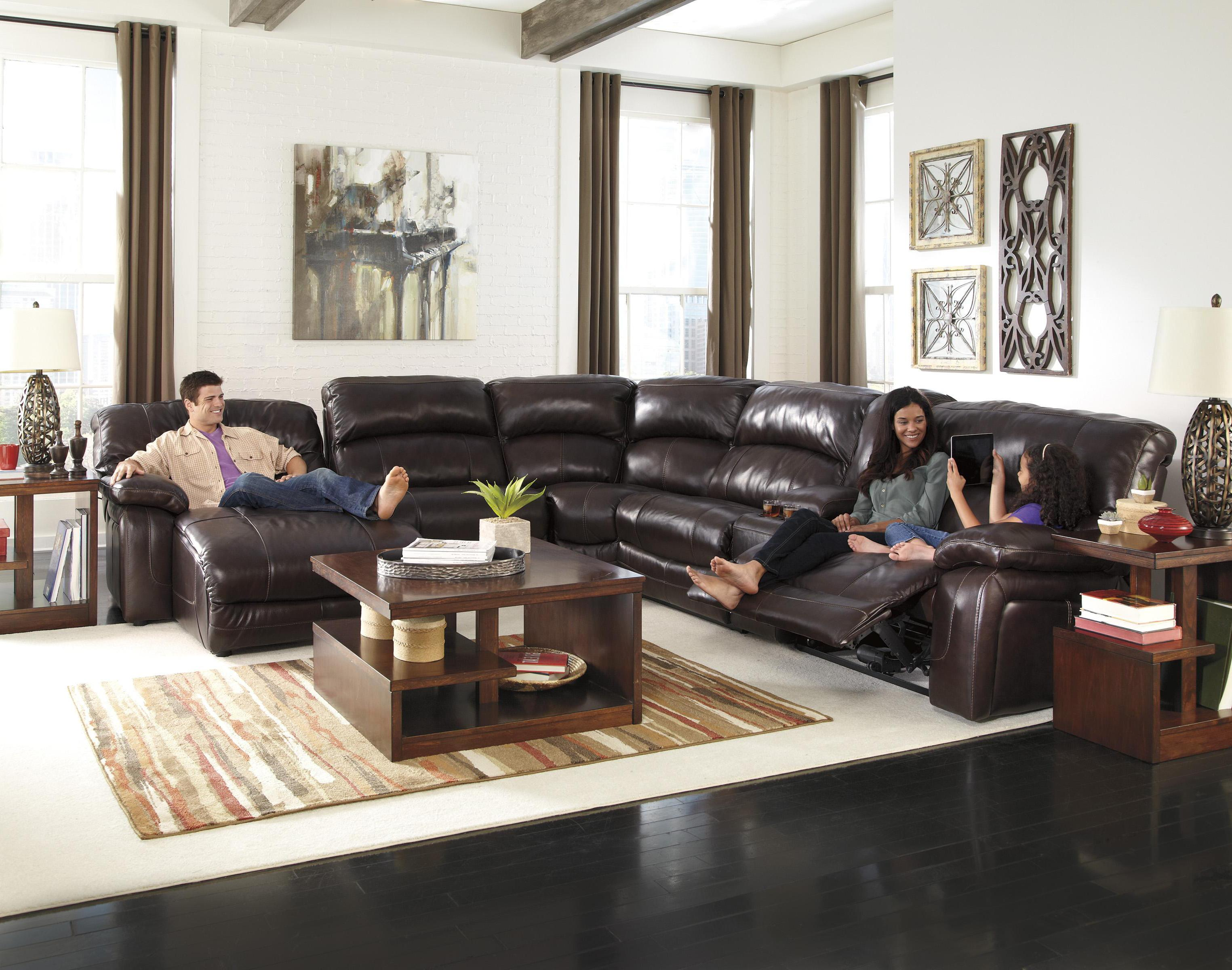 Reclining Sectional w Console & Right Press Back Chaise