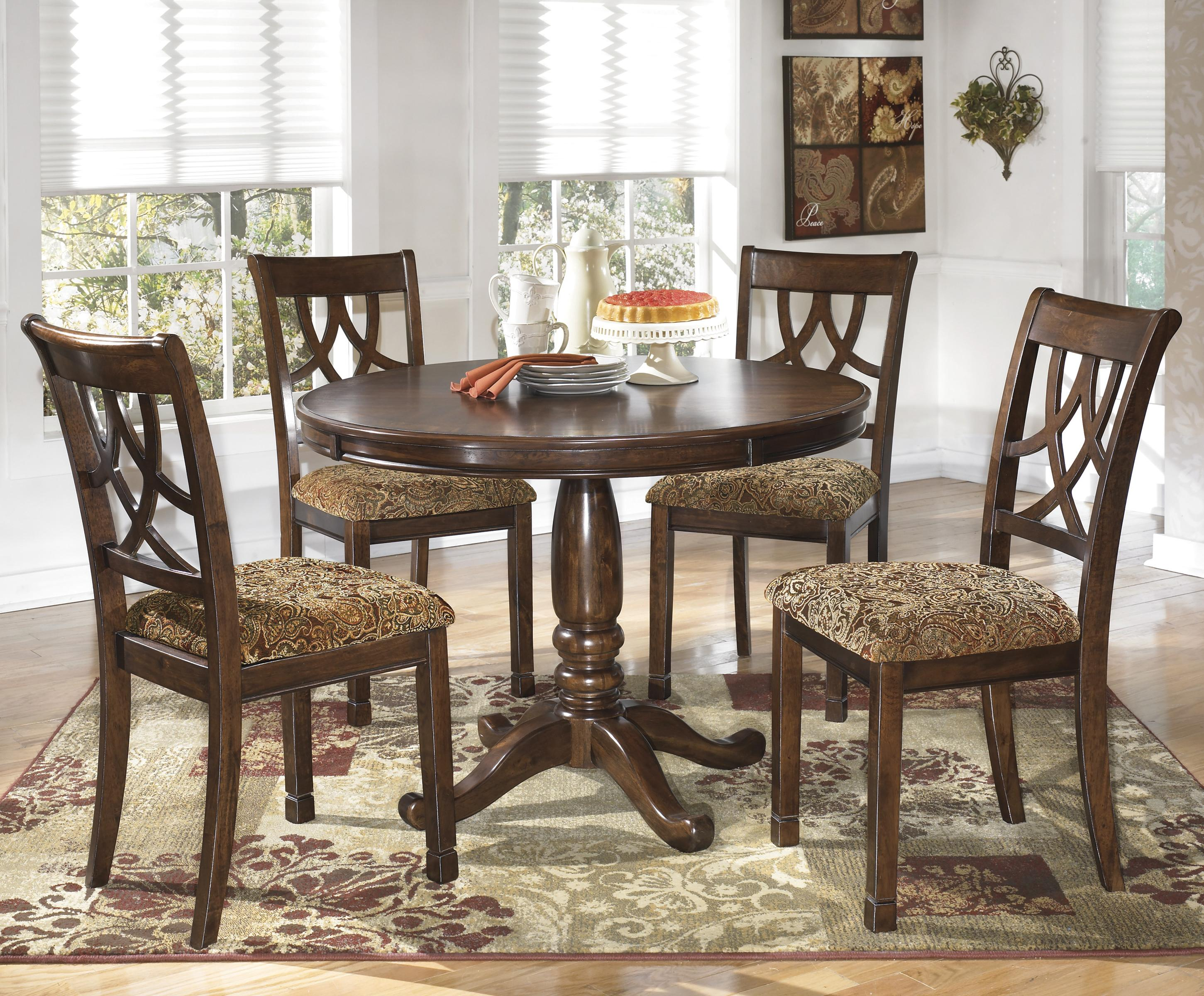 5 piece cherry finish round dining table set by signature. Black Bedroom Furniture Sets. Home Design Ideas