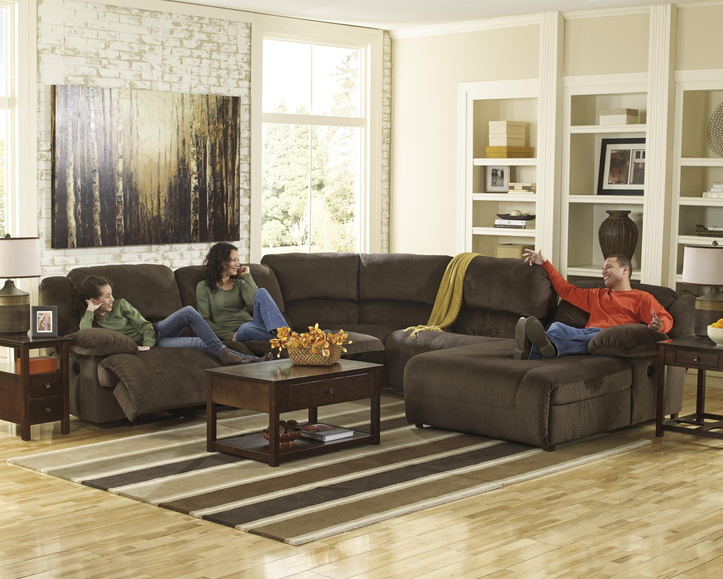 Reclining Sectional with Right Press Back Chaise by