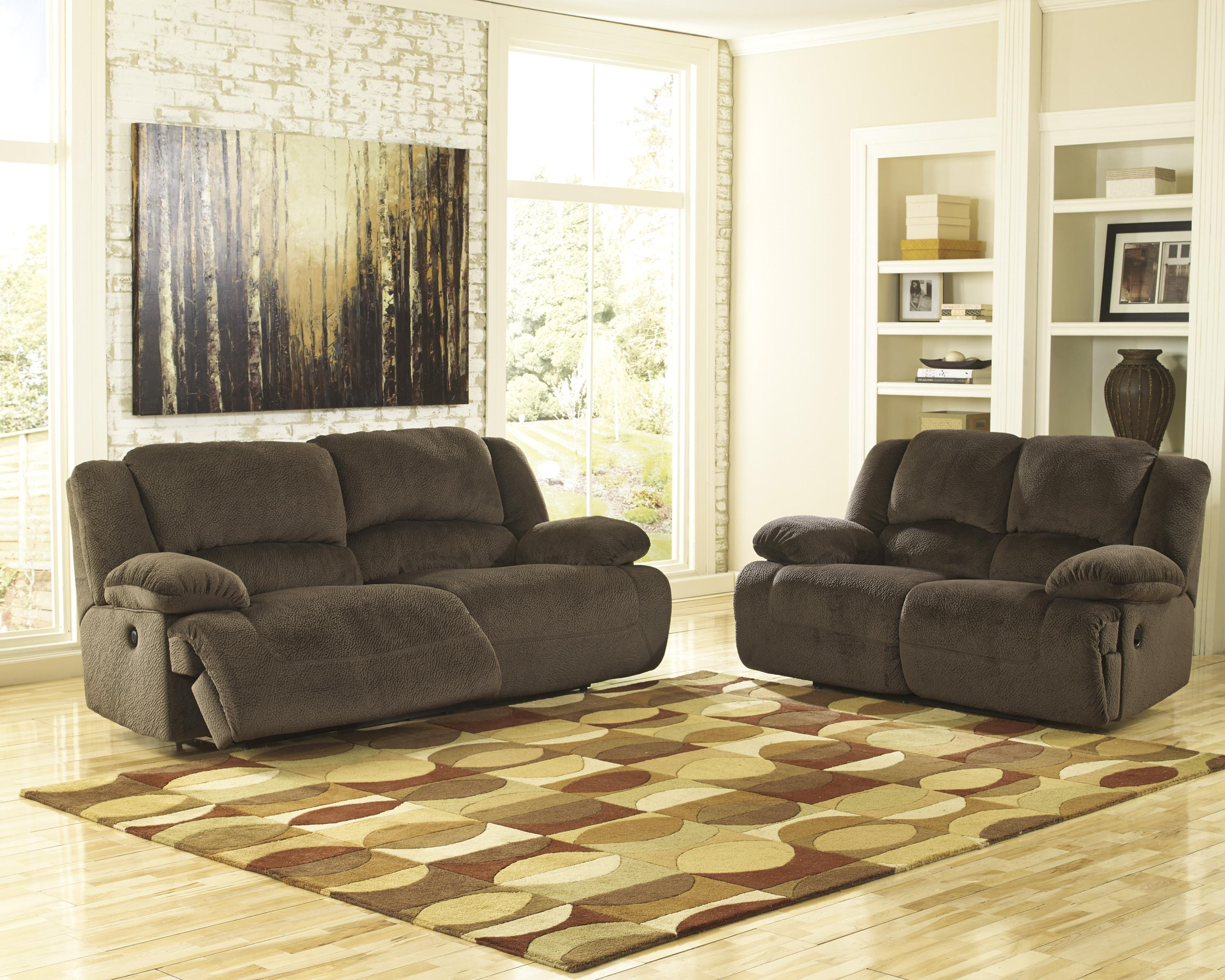 Casual Contemporary Reclining Loveseat by Signature Design