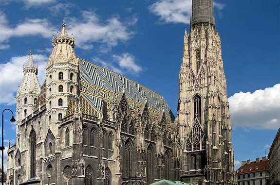 Vienna Cathedral and three other Catholic churches vandalized