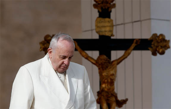 """Pope warns against """"glossing over the differences"""" in ecumenical dialogue """"at the expense of the truth"""""""
