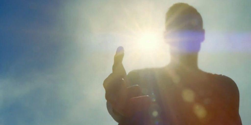 Supergirl-TV-Trailer-Superman-Sunlight