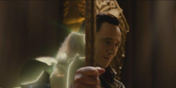 Loki-on-the-Throne-Thor-The-Dark-World