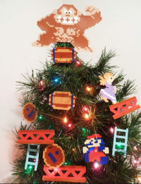 Geek Up Your Christmas With These Tree Toppers