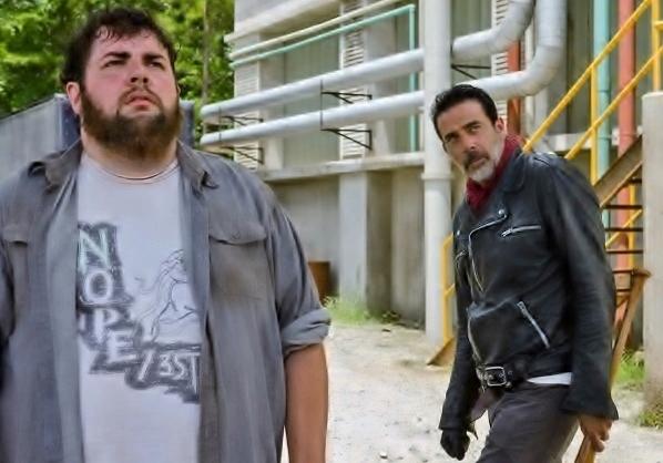 the-walking-dead-episode-707-negan-morgan-935-1-600x422