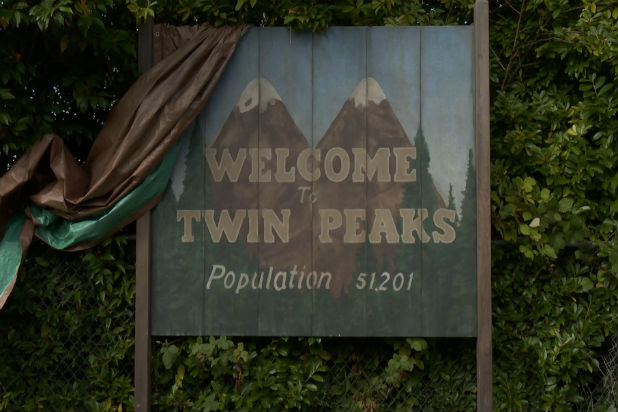 twin-peaks-sign