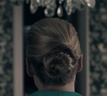 The Handmaid's Tail Serena Joy's hairbun