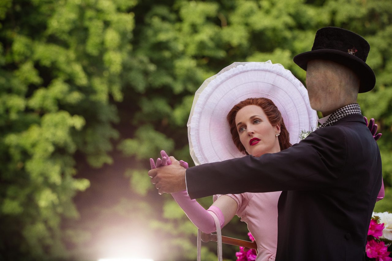 Gillian Anderson as Media with a terrifying dancer. (American Gods)