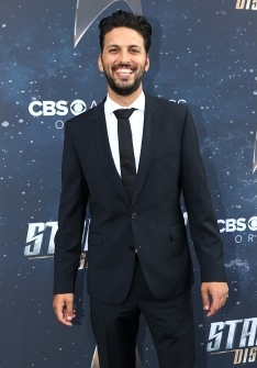 Star Trek Discovery Red Carpet Premiere Shazad Latif