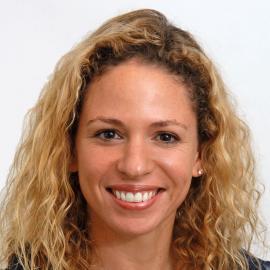 Nicole Glazer headshot