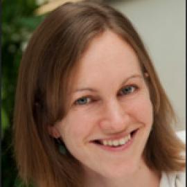 Helen Snodgrass headshot
