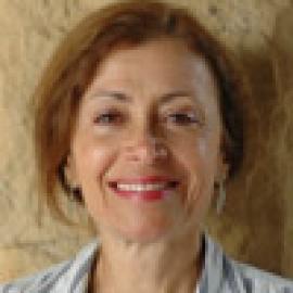 Lia Cacciari headshot