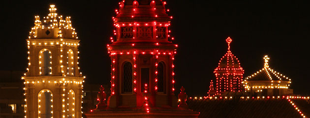 Holiday tours visit kansas city meeting for Best places to visit in us during christmas