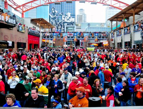 Big 12 Fan Fest Crowds