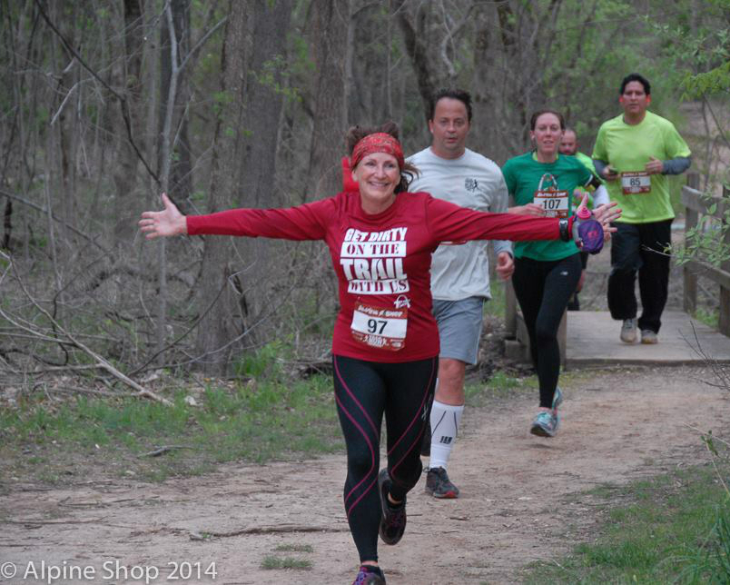 A runner at Alpine Shop Spring Trail Run Series