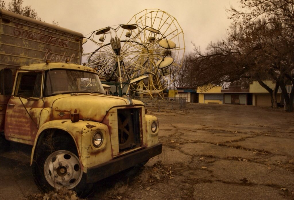 joyland creepy abandoned amusement parks