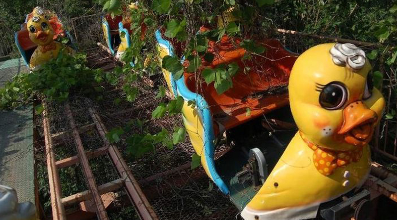 Okpo Land creepy abandoned amusement parks