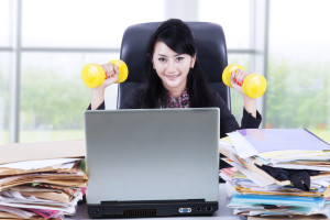 Fun and short office routines by fit2b.com
