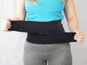Experts on Diastasis Recti: Splinting by Celeste Goodson of MomBodFitness - fit2b.com