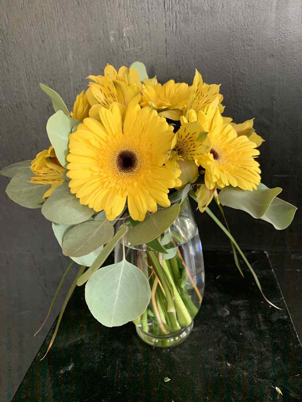 Sunshine Daydream Bouquet by Fasan Florist