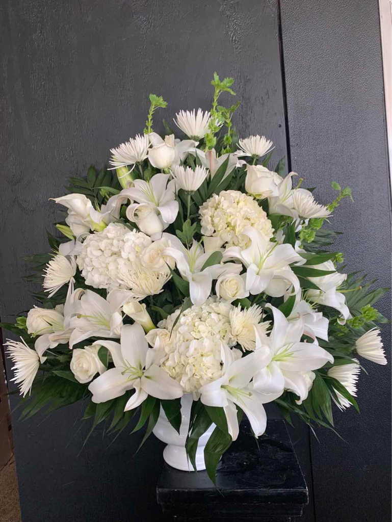Morning Stars Arrangement by Fasan Florist