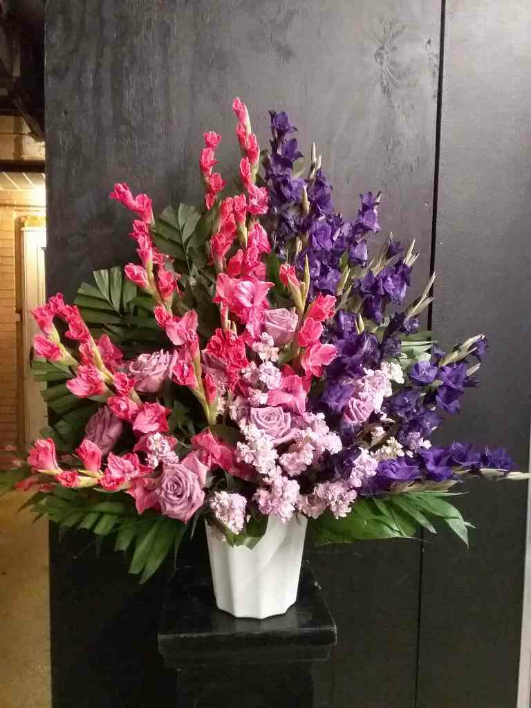 Flowing Garden Arrangement by Fasan Florist