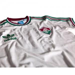 camisa retrô 1980