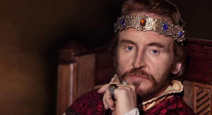Tony Curran in Pillars of the Earth (Starz)