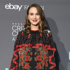 SANTA MONICA, CA - DECEMBER 11:  Actress Natalie Portman, winner of Best Actress for 'Jackie', poses in the press room during The 22nd Annual Critics' Choice Awards at Barker Hangar on December 11, 2016 in Santa Monica, California.  (Photo by Frazer Harrison/Getty Images)