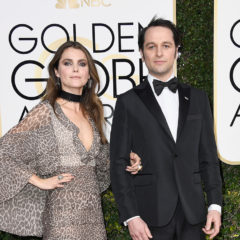 BEVERLY HILLS, CA - JANUARY 08:  Actors Keri Russell (L) and Matthew Rhys attend the 74th Annual Golden Globe Awards at The Beverly Hilton Hotel on January 8, 2017 in Beverly Hills, California.  (Photo by Frazer Harrison/Getty Images)