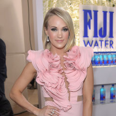 BEVERLY HILLS, CA - JANUARY 08:  Singer-songwriter Carrie Underwood at the 74th annual Golden Globe Awards sponsored by FIJI Water at The Beverly Hilton Hotel on January 8, 2017 in Beverly Hills, California.  (Photo by Charley Gallay/Getty Images for FIJI Water)